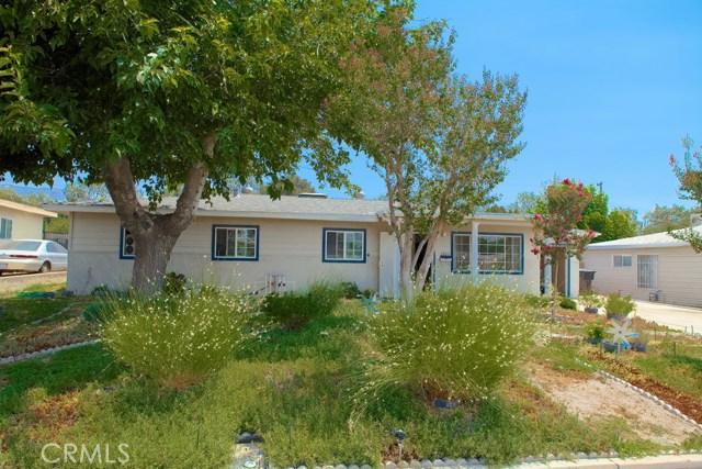 6803 Golondrina Drive, San Bernardino CA: http://media.crmls.org/medias/1d0283d0-456e-458f-9edb-909ffdd95256.jpg