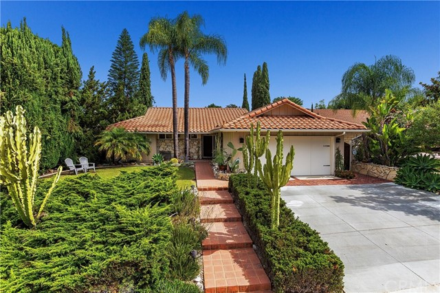 25201 Northrup Drive, Laguna Hills, CA 92653