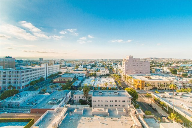 455 E Ocean Boulevard, Long Beach CA: http://media.crmls.org/medias/1d0d2c25-fb5d-4905-bf4f-dac0346c3278.jpg