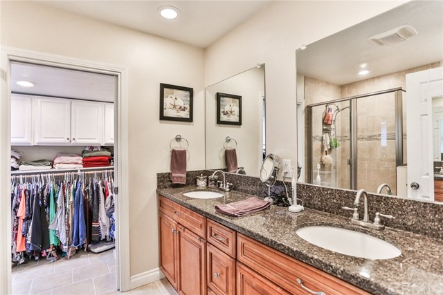 3250 W Deerwood Dr, Anaheim, CA 92804 Photo 37