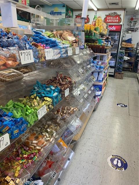 0 W Beverly Blvd., Montebello CA: http://media.crmls.org/medias/1d227dbb-0ed7-4851-a94e-f3bef2f8a22d.jpg
