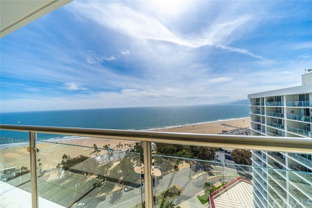 201 Ocean Avenue PH3B  Santa Monica CA 90402