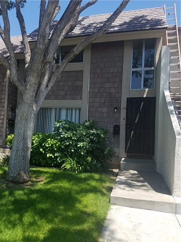94 Elksford 3 , CA 92604 is listed for sale as MLS Listing PW18169267