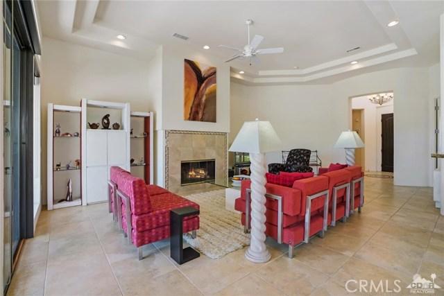 10 Via Haciendas, Rancho Mirage CA: http://media.crmls.org/medias/1d5339d1-e561-46a1-8e8b-159e40f78b20.jpg