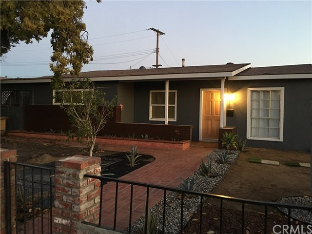 2564 W Glenoaks Av, Anaheim, CA 92801 Photo 2