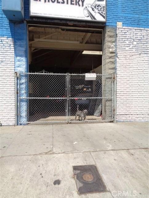 6015 S Broadway, Los Angeles, CA 90003 Photo 3