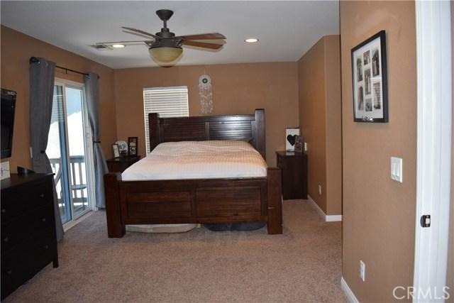 6272 Beth Page Drive, Fontana CA: http://media.crmls.org/medias/1d641de2-239d-4117-856e-3d0ab9089ec6.jpg