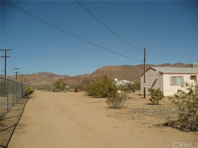 Single Family Home for Sale at 37480 Yermo Road A & B Yermo, California 92398 United States