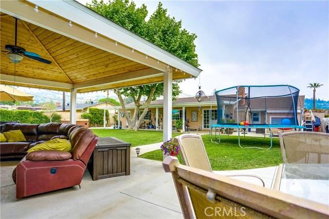 163 S Hacienda Avenue, Glendora CA: http://media.crmls.org/medias/1d686cb0-b6d7-49ee-a5ec-8842473a3e5a.jpg