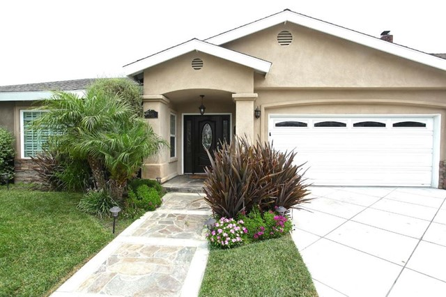 Single Family Home for Sale at 11862 Pine St Los Alamitos, California 90720 United States