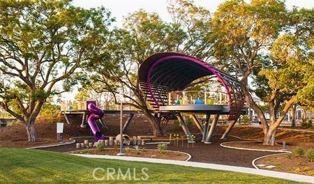 114 Spectacle, Irvine CA: http://media.crmls.org/medias/1d8865c7-c21c-49f9-a0ce-2dac90e854ea.jpg