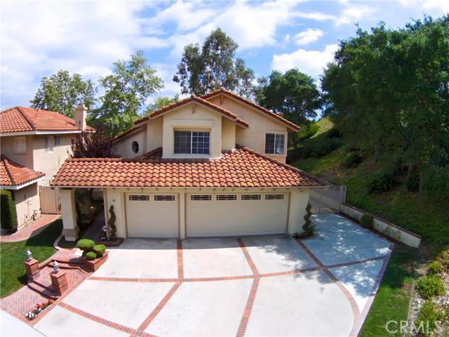 Single Family Home for Sale at 48 San Mateo St Rancho Santa Margarita, California 92688 United States
