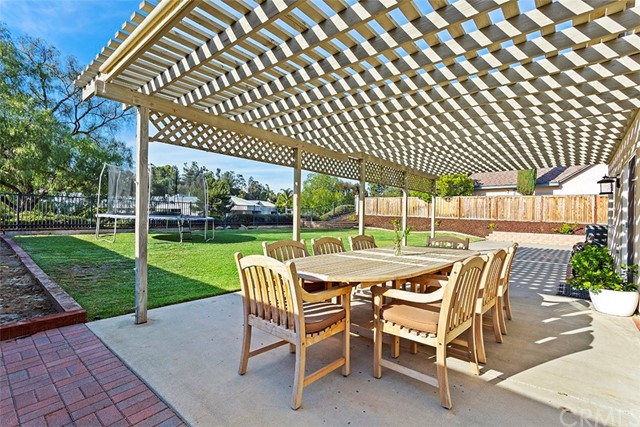 41898 Humber Dr, Temecula, CA 92591 Photo 23