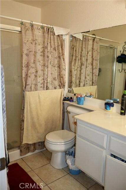 10695 Moorfield Street, Adelanto CA: http://media.crmls.org/medias/1db06f8e-602c-465a-b2d3-ddbab59def01.jpg