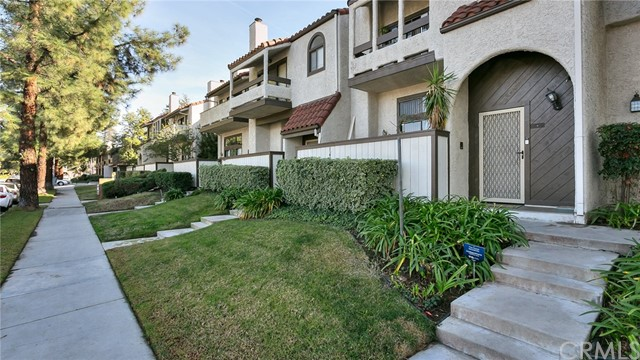 22040 Strathern St, Canoga Park, CA 91304 Photo