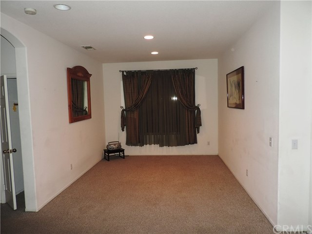 27521 Stanford Dr, Temecula, CA 92591 Photo 4