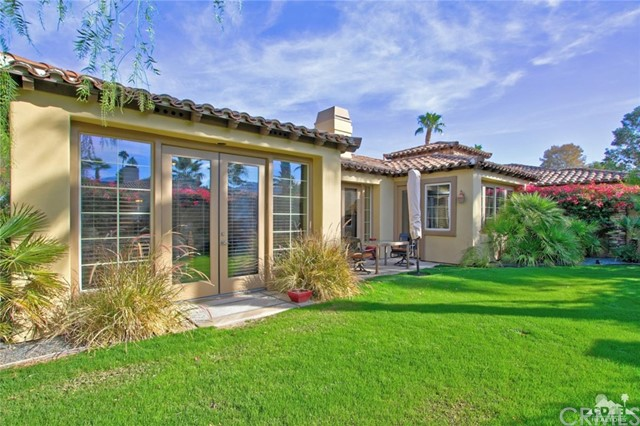 46180 Cypress Estates Court, Palm Desert CA: http://media.crmls.org/medias/1dc3328a-b036-4c8d-9e7e-bac528210655.jpg
