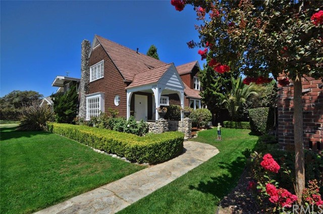 2933 E 1st Street Long Beach, CA 90803 is listed for sale as MLS Listing PV16195774