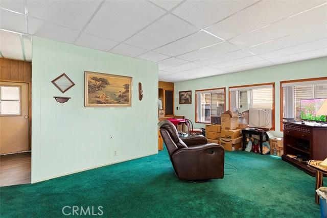 725 W Thorton Avenue Unit 25 Hemet, CA 92543 - MLS #: SW18278847