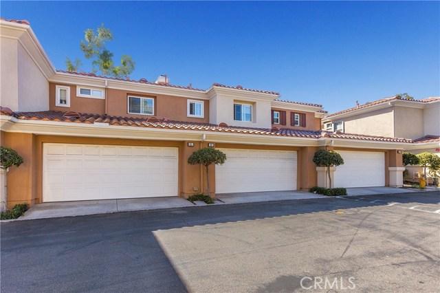 89 Via Vicini, Rancho Santa Margarita CA: http://media.crmls.org/medias/1dfefe71-9929-475e-acae-6df4112ef4fd.jpg