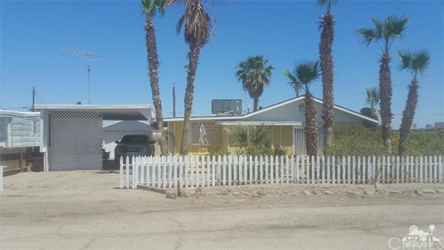 Single Family Home for Sale at 2110 4th Street Bombay Beach, California 92257 United States
