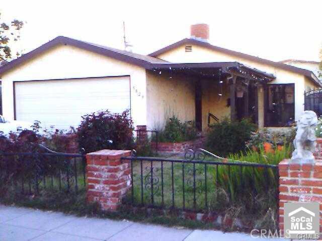 5829 Olive Avenue Long Beach CA  90805