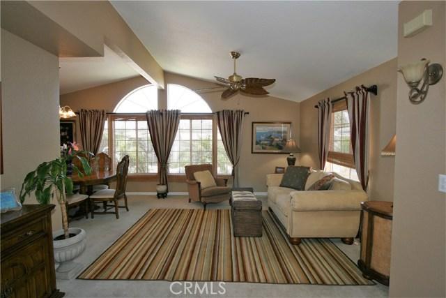 24001 Muirlands Boulevard, Lake Forest CA: http://media.crmls.org/medias/1e1f6e4d-1837-4260-8b50-3efaeb217f82.jpg