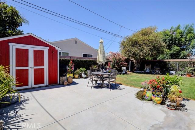 16623 Falda Avenue, Torrance CA: http://media.crmls.org/medias/1e2d2966-3c77-4a6f-903d-def92f933758.jpg