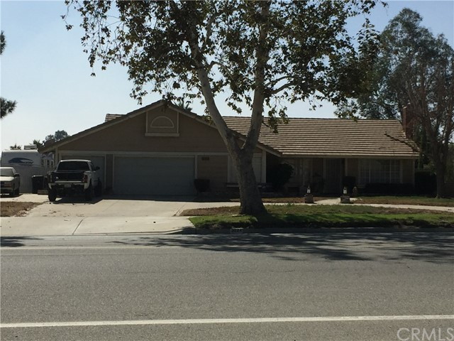 3024 N Riverside Avenue Rialto, CA 92377 is listed for sale as MLS Listing CV16727473