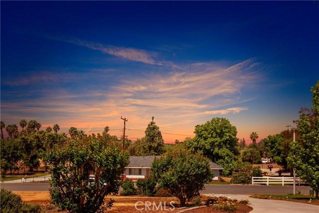 16190 Suttles Drive, Riverside CA: http://media.crmls.org/medias/1e350235-1e22-4787-ad6b-ada23fbe9fee.jpg