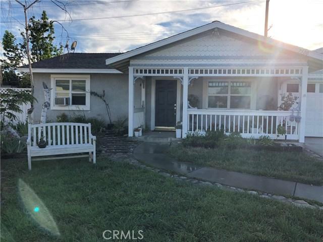 7500 Henbane Street, Rancho Cucamonga CA: http://media.crmls.org/medias/1e3595bb-2ee2-4572-bca3-5b4c74431ca9.jpg