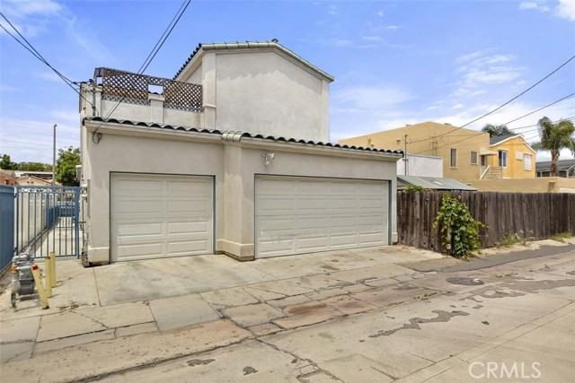 62 Saint Joseph Avenue, Long Beach CA: http://media.crmls.org/medias/1e467d7e-ce6e-4b58-8dfd-de2ca88ae309.jpg
