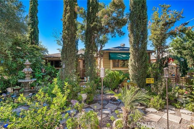 10871 Olinda Street, Sun Valley CA: http://media.crmls.org/medias/1e490d86-e562-47a5-ba1d-3a7ef8e0ce12.jpg