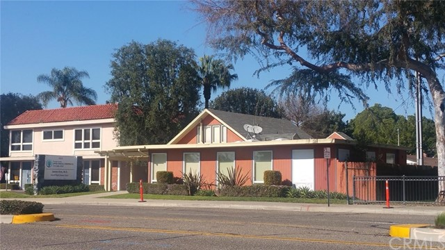 1023 Chapman Avenue, Fullerton, CA, 92831