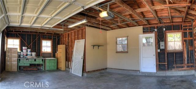 3501 Olive Avenue, Long Beach CA: http://media.crmls.org/medias/1e5c7366-b3bd-4f36-9d1f-942b4b6b5938.jpg