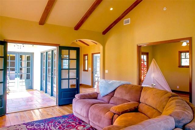 341 Camino Del Monte, Avalon CA: http://media.crmls.org/medias/1e67f91d-8b24-417c-969f-824f44ec2159.jpg