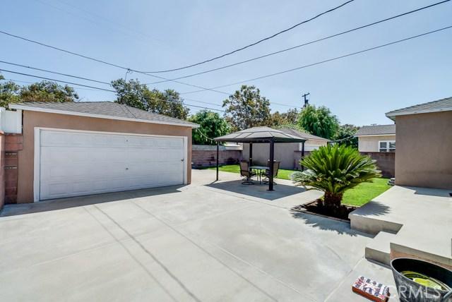 4432 Petaluma Avenue, Lakewood CA: http://media.crmls.org/medias/1e7525b9-b9f5-450c-b382-d569e29e2e6e.jpg