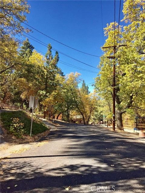 662 Butte Avenue, Big Bear CA: http://media.crmls.org/medias/1e7952bc-ba36-48a7-813a-a6d6380f87db.jpg