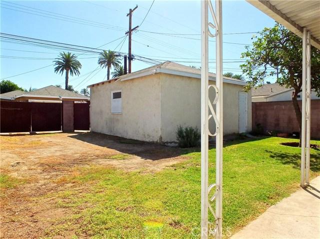 2774 Delta Avenue, Long Beach CA: http://media.crmls.org/medias/1e7b669d-d7b9-4f31-ade9-f09cd0753636.jpg