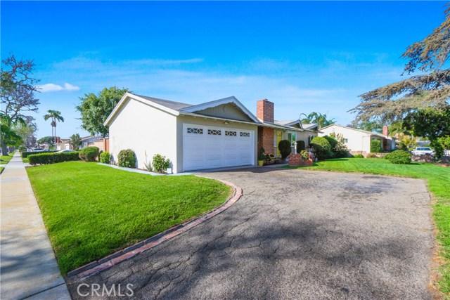 3104 W Ball Road, Anaheim CA: http://media.crmls.org/medias/1e7cb4af-2478-424e-99d9-3eb7678ce949.jpg