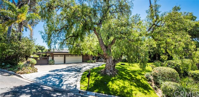 Single Family Home for Sale at 1822 Lakecrest Circle North Tustin, California 92705 United States