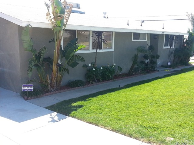 Single Family Home for Sale at 25339 Toluca San Bernardino, California 92404 United States