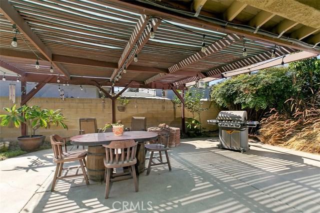 918 S Elliott Place, Santa Ana CA: http://media.crmls.org/medias/1e93a8e0-d150-4004-bc50-04b3df8077c2.jpg