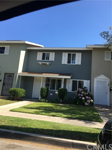 9884 Continental Drive Huntington Beach, CA 92646 is listed for sale as MLS Listing OC17161723