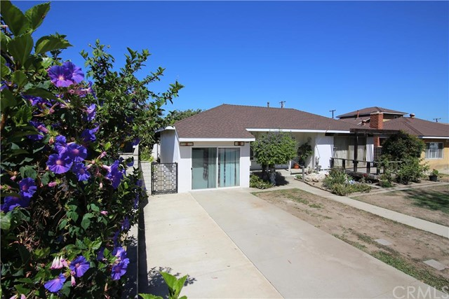 Single Family for Sale at 10711 Chestnut Street Los Alamitos, California 90720 United States