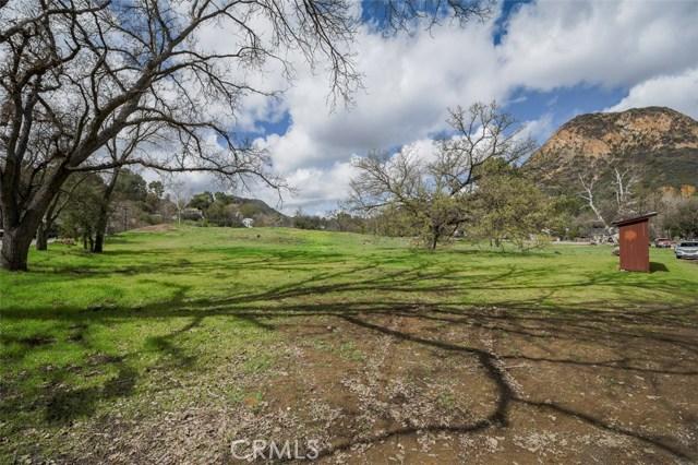 29139 Crags Drive, Agoura Hills CA: http://media.crmls.org/medias/1eb4783b-0b52-4876-97b9-930066f915ef.jpg