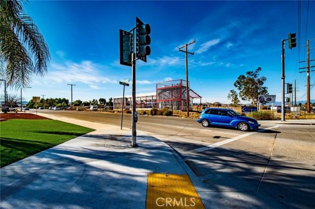 26735 Newport Rd & Winterhawk Rd,, Menifee CA: http://media.crmls.org/medias/1eb61e11-8b14-4080-b44e-f8357bba15ed.jpg