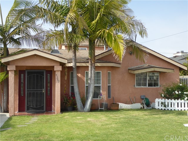 4357 133rd Street, Hawthorne, California 90250, 2 Bedrooms Bedrooms, ,2 BathroomsBathrooms,Single family residence,For Sale,133rd,SB19098187