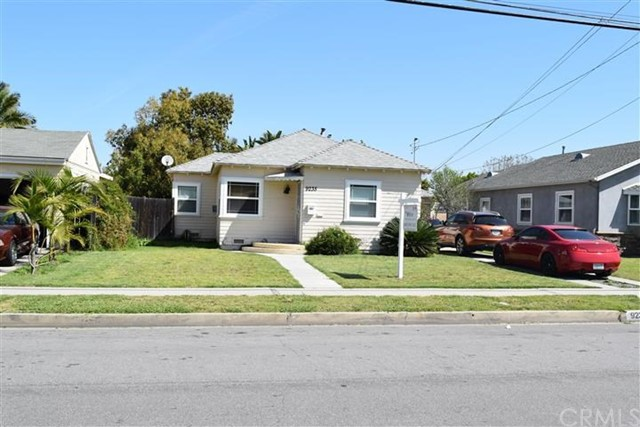 9235   Oak Street , BELLFLOWER