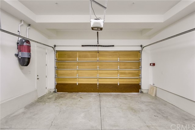 2109 Harkness Street, Manhattan Beach CA: http://media.crmls.org/medias/1ecd34d3-2da6-4a60-aff2-73617e6a2d83.jpg